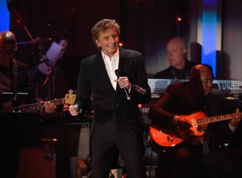 Barry Manilow to donate piano to Bald Eagle Area School District